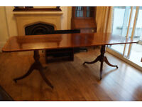 ** Beautiful Solid Wood Antique Dining Table **