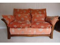 Cintique 2 seater settee and chair