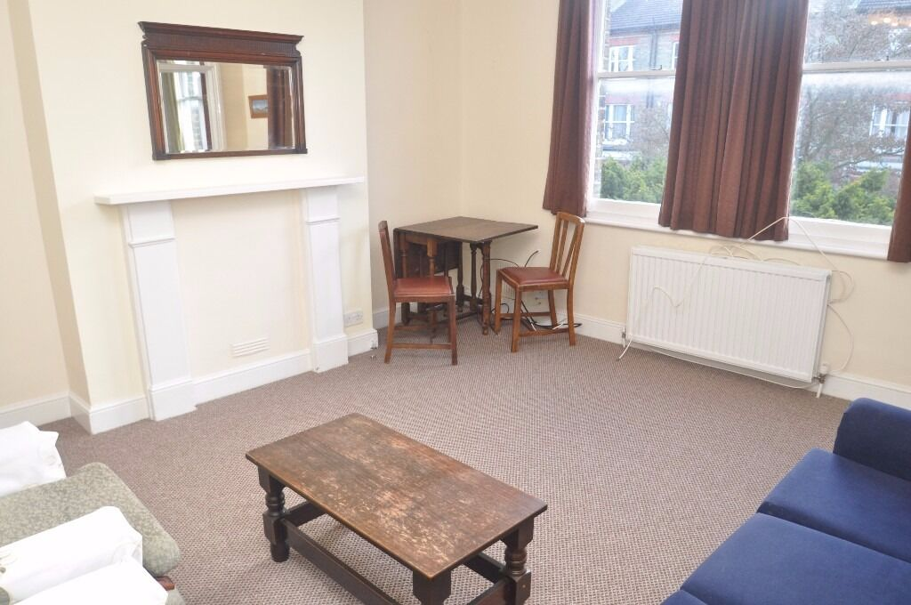 **Specious two bedroom flat to rent in Ealing**