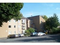 1 bedroom ground floor flat available to rent in Eccleshill (BD2). No Bond required!! (Workers only)