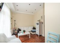 A 1 bed flat to rent with a garden near South Wimbledon station. Morden Road SW19