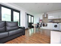 Excellent 3 bedroom, 2 bathroom flat Near Aldgate E1
