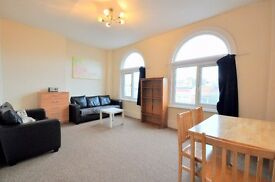 3 DOUBLE BED, 1ST FLOOR FLAT SET ABOVE COMMERCIAL PREMISES, HIGH STREET, ACTON, MOMENTS FROM SHOPS