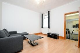 SPACIOUS ONE BEDROOM FLAT ON COLDERSHAW ROAD SHORT WALK TO WEST EALING STATION £1275 PCM
