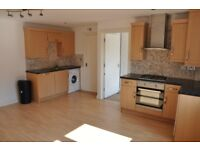 DSS ACCEPTED 1 double bedroom flat FULLY FURNISHED laminated floors GAS HEATING WoW wOw Wow
