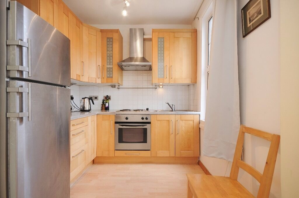Including All Bills & Wi-fi short term one bedroom flat to rent in Acton West London furnished