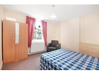 **AMAZING PRICE** 3 bedroom flat in Maida Vale W9 AVAILABLE NOW ***£415pw***