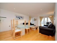 @ AMAZING THREE BED TWO BATH APARTMENT - STUNNING RIVER VIEWS - 1100SQFT - CANARY WHARF LOCATION!
