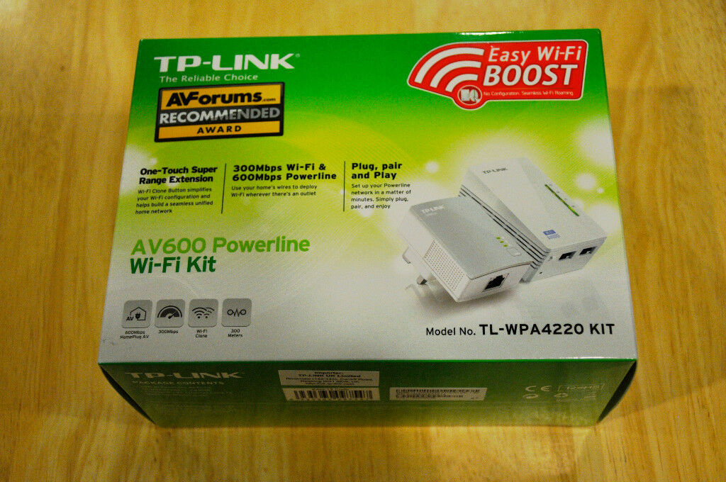 TP-LINK AV600 Powerline Wi-Fi Kit Model No. TL-WPA4220KIT
