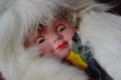 36 cm Puppe Eskimogirl hochwertige Kleidung Schlafaugen