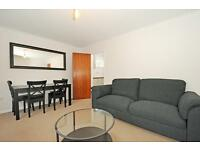 2 bedroom flat in Woodstock Court, Osberton Road, Oxford