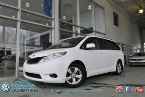 2011 Toyota Sienna LE*A/C**BLUETOOTH*MAGS*