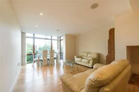 3 bedroom flat in Lymington Road, West Hampstead