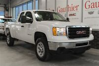 2013 GMC SIERRA 2500HD WT Ext Cab 4WD, Bluetooth, HD Tow Package
