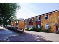 Two double bedroom garden flat, East Finchley, N2 - £365.00 per week