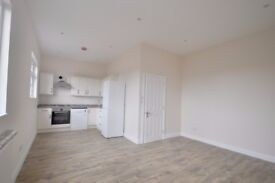 *BRAND NEW ONE BED FLAT IN HANWELL AVAILABLE NOW*