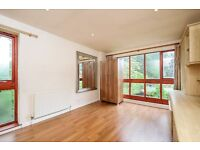 EXCEPTIONAL THREE DOUBLE BEDROOM PROPERTY WITH PRIVATE ROOF TERRACE GARDEN AND PARKING SPACE