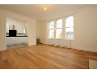 **Two bedroom two bathroom flat to rent** Ensuite - Bespoke kitchen (Kings Ave)