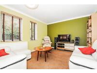 2 bedroom house in Bay Tree Close, Iffley Village,