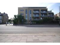 2 bedroom flat in Space Apartments, High Road, Wood Green