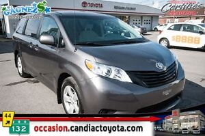 2014 Toyota Sienna V6 * 7 PLACES * SEULEMENT 35561 KM *