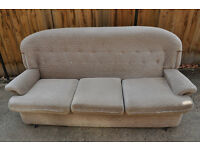 FREE - 3 seat sofa looking for a new owner