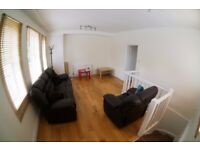3 bed bright and airy flat for rent Highbury, 2 minute walk from Arsenal Underground Station N5