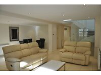 IDEAL FOR TWO COUPLES - STUNNING THREE STOREY HOUSE