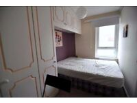 GREAT DOUBLE ROOM FOR SINGLE USE AVAILABLE NOW IN WESTFERRY £ 140 PW BILLS INC