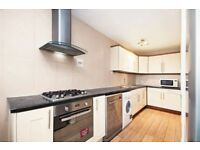 Fantastic location with Fully furnished 5 Bedroom flat- HMO Licensed