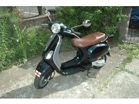 VESPA LX50 2007 DARK GREEN. SERVICED WITH NEW MOT. ONLY 14430 KM ON CLOCKS