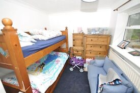 Double room to rent in Russell Terrace - £340 per month all bills