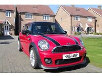 Mini Cooper 1.6 FSH 1 owner JCW Kit + Extras