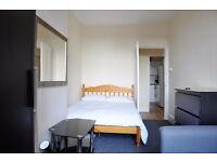 Spacious 2 Bedroom Flat, Clapham High Street SW4 Fully Furnished Direct Landlord