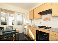 2 bed ground floor flat - Barrow Road, SW16 £1500 per month