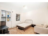 BEAUTIFUL STUDIO **AVAILABLE NOW** GREAT LOCATION BAYSWATER/QUEENSWAY **ONLY £300pw**