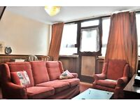 2 Bed Maisonette in Old Street with Private Garden