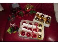 BOX OF VARIOUS CHRISTMAS DECORATIONS