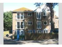 2 bedroom flat in Sandbanks, BH13