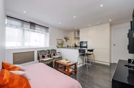 Slaidburn Street SW10, A bright one bedroom apartment first floor to rent.