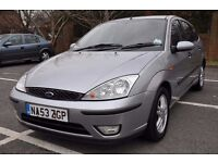 Ford Focus 1.6 petrol 5 door hatchback **2 keys**