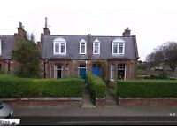 Beautiful Three Bedroom Family Home in old Dunbar