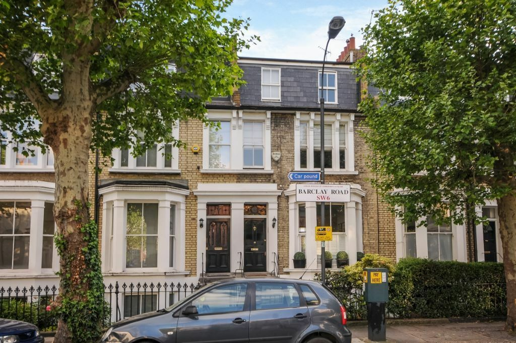 A bright and spacious two bedroom garden flat to rent on Barclay Road, SW6