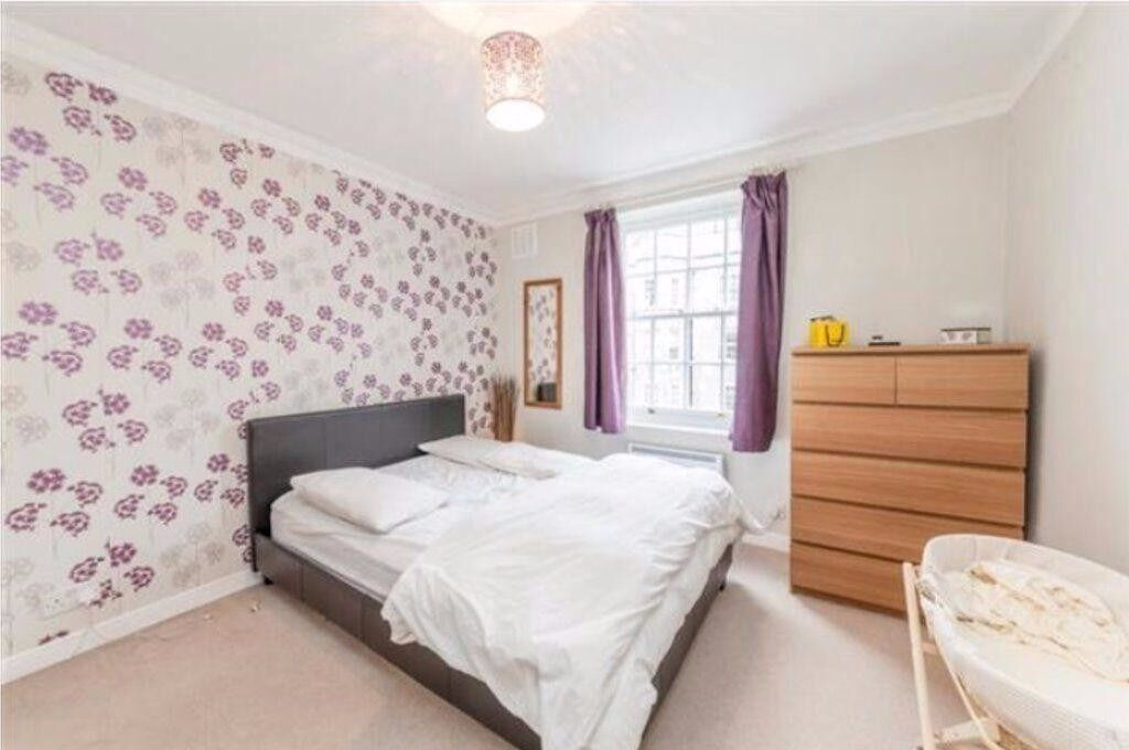 Spacious 1 bedroom apartment,short walking distance of Wimbledon station and the town centre sw19!!