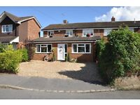 Beautiful and spacious 5-bedroom house in Holyport for rent - Off Street Parking and Garden