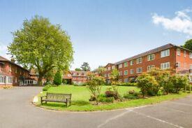 1 bedroom flat in Lakeside Gardens, Hothfield, Ashford, TN25