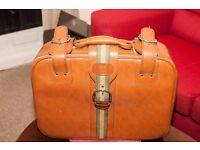 RJW Luggage Vintage Suitcase Tan