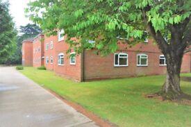 Two bedroom ground floor flat in Farnham Common