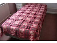 Genuine Welsh woollen tapestry blanket/bedspread single bed size