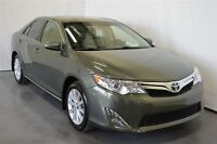 2014 Toyota Camry XLE 4 Cyl. Cuir+Mags+Navi.+Toit Ouvrant